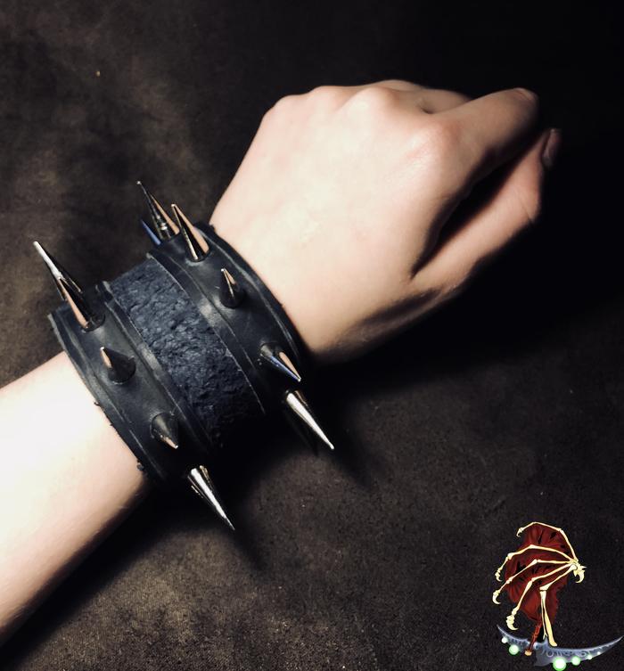 Время экспедиции, герои! Lorebox, Лорбокс, Darkest dungeon, Темнейшее подземелье, Рукоделы дарят, Ремесло, Кожевенное ремесло, Крафт, Длиннопост
