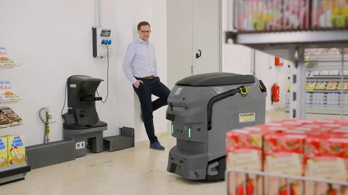 Открытие на ISSA в Амстердаме - машина-робот от Karcher Инновации, Технологии