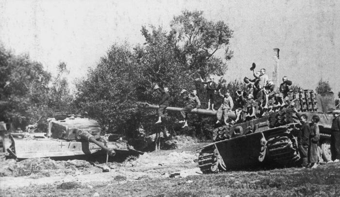 Поверженные Тигры Оружие, Тигр, Великая Отечественная война