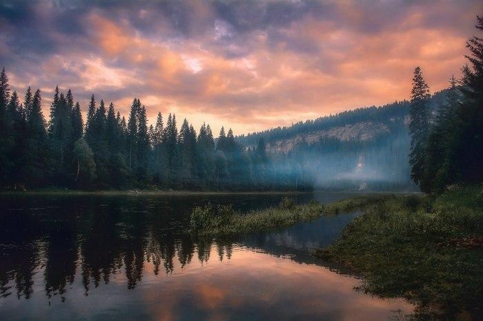 Закат на реке Усьва, Пермский край