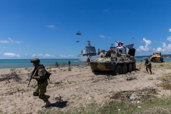 """""""Пляжный"""" бой Море, Армия, Абхазия, Россия, Длиннопост"""