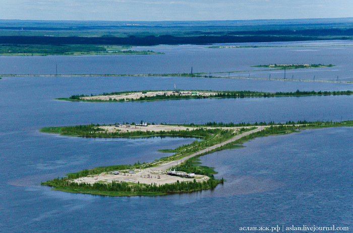 Как выглядит нефтяное месторождение Самотлор с воздуха Нефть, Добыча, Нижневартовск, Нижневартовск (Самотлор), Длиннопост