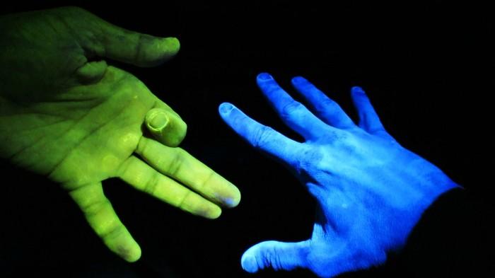 Ультрафиолет на двух пальцах Ультрафиолет, Рентген, Лампа ДРЛ, Кварцевая лампа, Хамстер тайм, Hamster Time, Длиннопост, Наука, Видео