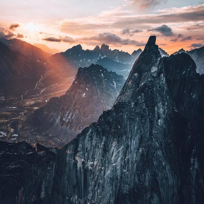 Потрясные горы Канады