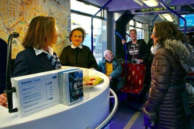 Общественно-транспортный этикет в Нидерландах Амстердам, Голландия, Нидерланды, Общественный транспорт, Этикет, Длиннопост