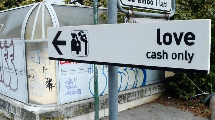А говорят любовь не купишь... Фотография, Знак, Указатель, Любовь, Деньги