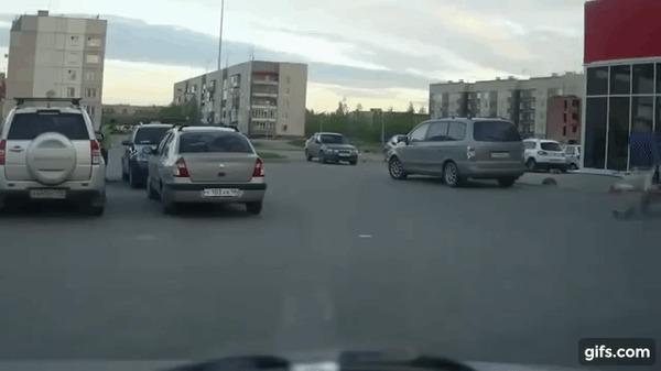 ДТП на парковке ДТП, Парковка, Тележка, Гифка