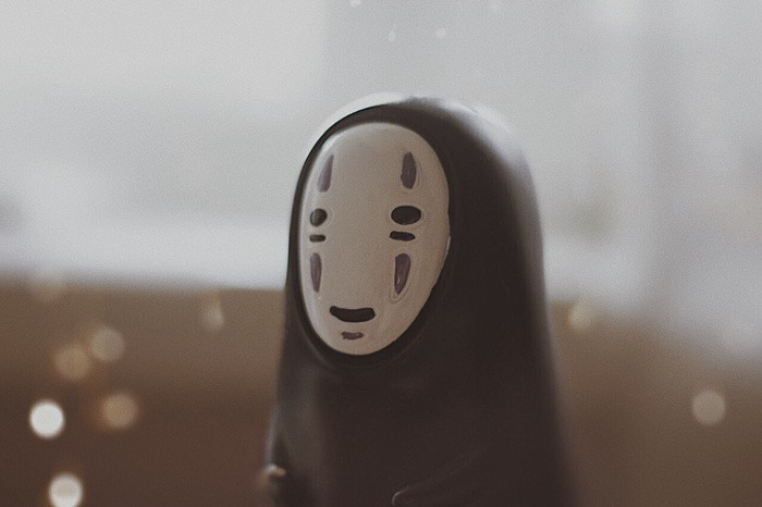 Безликий Фотография, Унесенные призраками, Безликий