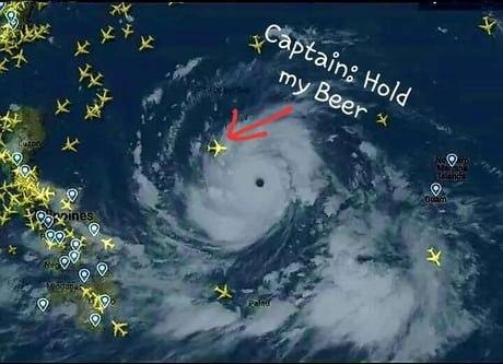 Капитан: «Подержите мое пиво»