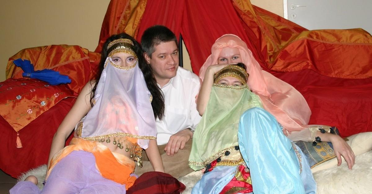 Поздравление султан и гарем