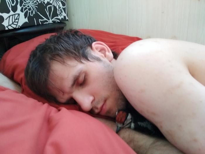 Когда приходишь домой, а муж спит с цыпочкой Дятел, Большой пестрый дятел, Юмор, Цыпочка, Милота, Птенец