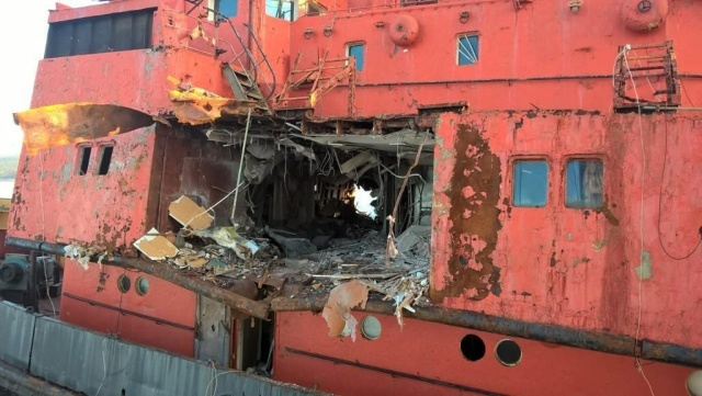Картинки по запросу ракета попала в судно чёрное море учения