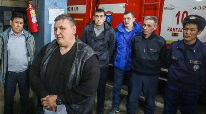 Пожарные в Якутии прекратили голодовку Пожарные, Общество, Россия, Якутия, Голодовка, Справедливость, Новости
