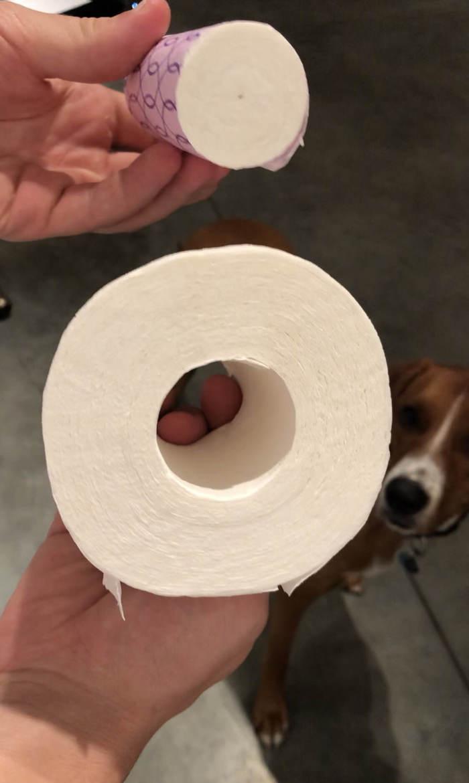 Внутри этой туалетной бумаги есть ещё один рулон