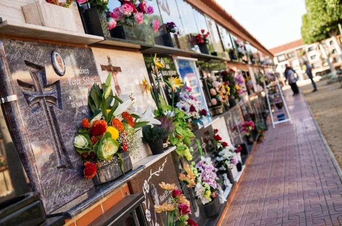 Почём умереть в Испании? Испания, Кладбище, Похороны, Европа, Евросоюз, Заграница, Эмиграция, Смерть, Длиннопост