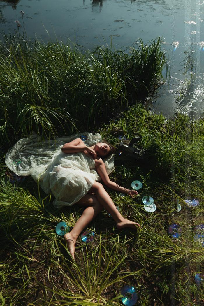 'J' (фрагменты серии) Вода, Видеокамера, Медиа, Девушки, Длиннопост