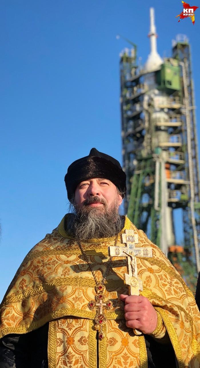 «Авария носителя»: отправившийся к МКС экипаж совершил экстренную посадку в Казахстане. Аварияб, Союз, Космос, Бардак, Просрали, Церковь, Поп, Длиннопост