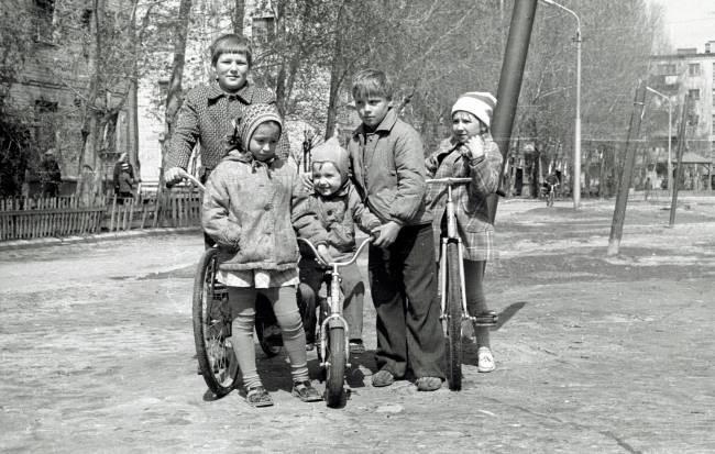 Колоризация фото. Детвора, СССР, поздний застой. Раскраска, Старое фото, Photoshop, Колоризация