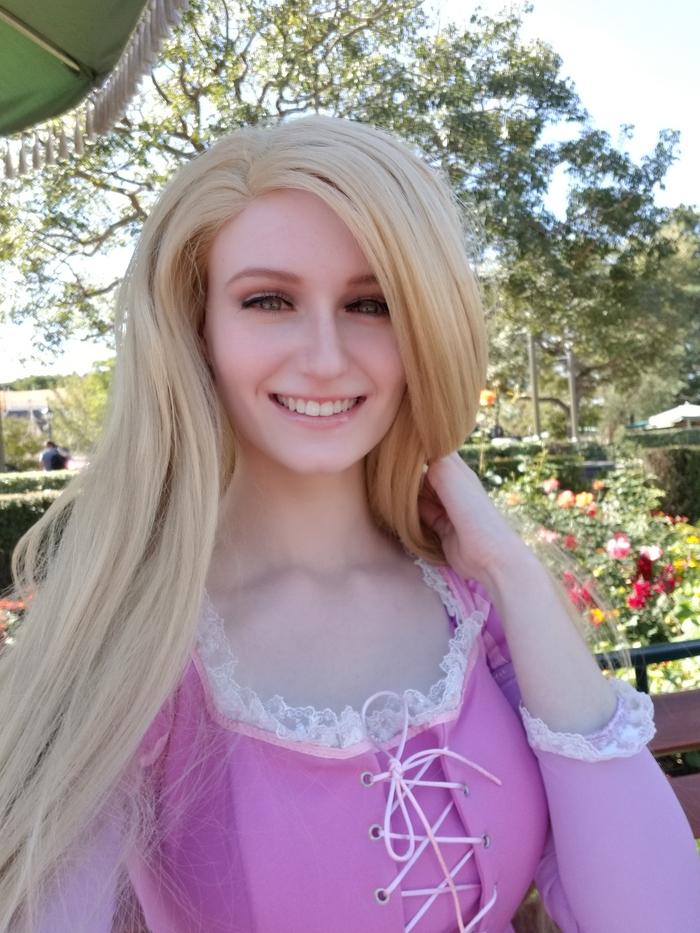 Tangled - Rapunzel Cosplay Уолт Дисней, Косплей, Рапунцель, Диснейленд, Хэллоуин, Длиннопост