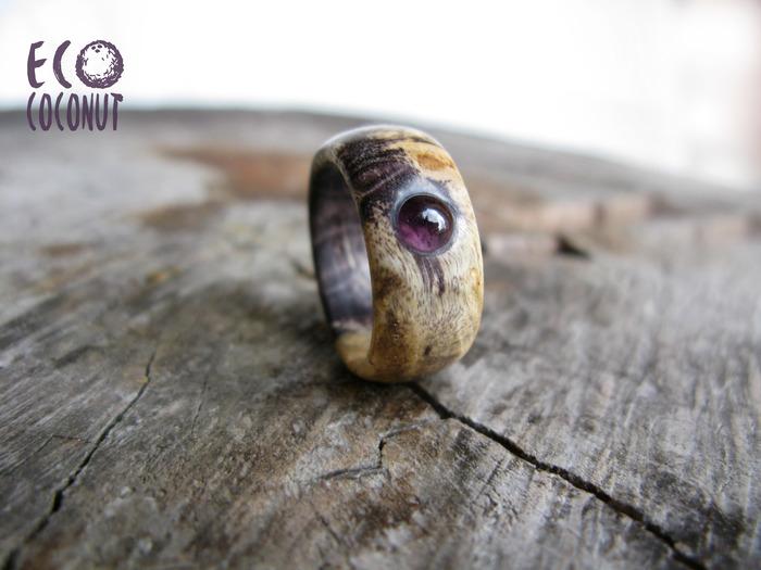 Необычное кольцо из дерева с аметистом Кольцо из дерева, Стабилизированная древесина, Фиолетовое кольцо, Длиннопост, Кольцо, Аметист