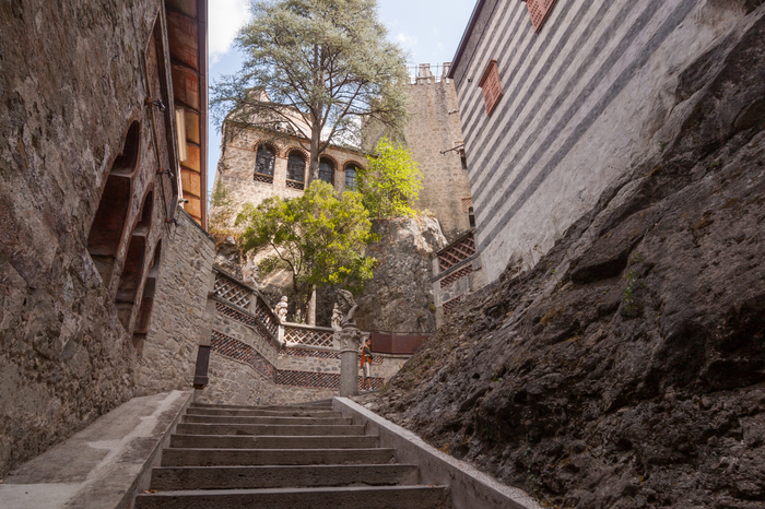 Роккетта Маттеи: самый причудливый итальянский замок Длиннопост, Путешествия, Италия, Замок, Достоевский, Европа
