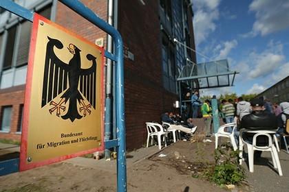 В Европе развернулась борьба заукраинских гастарбайтеров Политика, Украина, Европа, Гастарбайтеры, Польша, Работа
