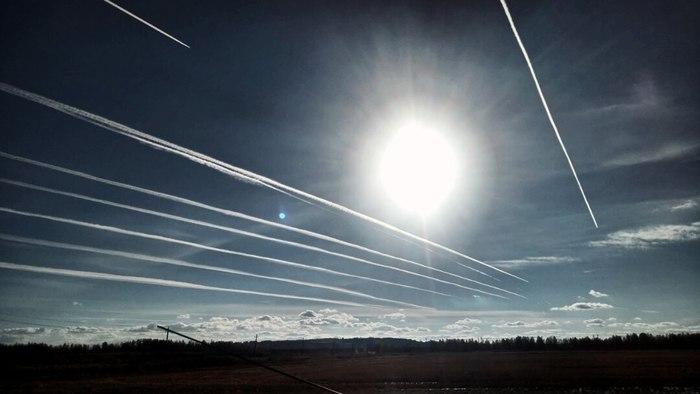 СамолётоМагистраль Санкт-Петербург, Шушары, След, Самолет, Небо, Конденсационный след