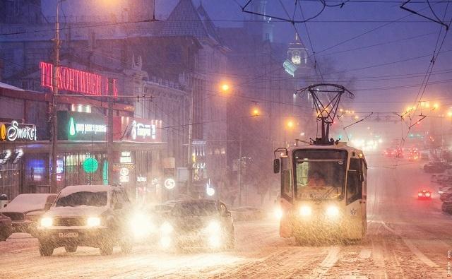 Виталий Кушнарев заявил, что убирать снег на улицах город не обязан(заголовок из новости) Чиновники, Снег, Транспортный коллапс, Ростов-На-Дону, Кушнарёв