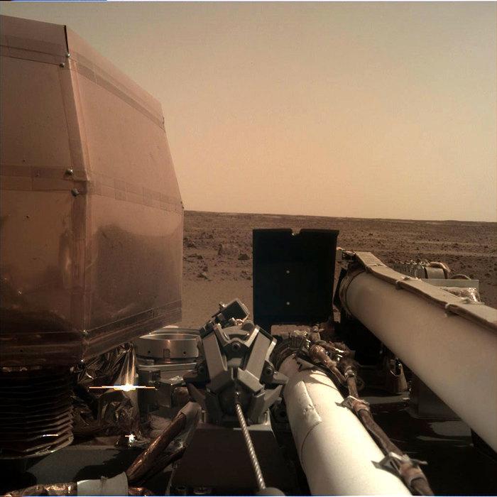 Первое качественное фото от InSight. Космос, Марс, NASA, Mars insight