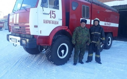 В Караганде двое пожарных в свой выходной день спасли людей! Караганда, Карагандинская область, Казахстан, Пожарные, Пожар, Герои, Текст