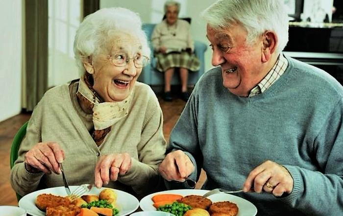 Чем же так привлекает Испания пенсионеров из других стран? Испания, Пенсионеры, Пенсия, Евросоюз, Европа, Заграница, Интересное, Эмиграция, Длиннопост
