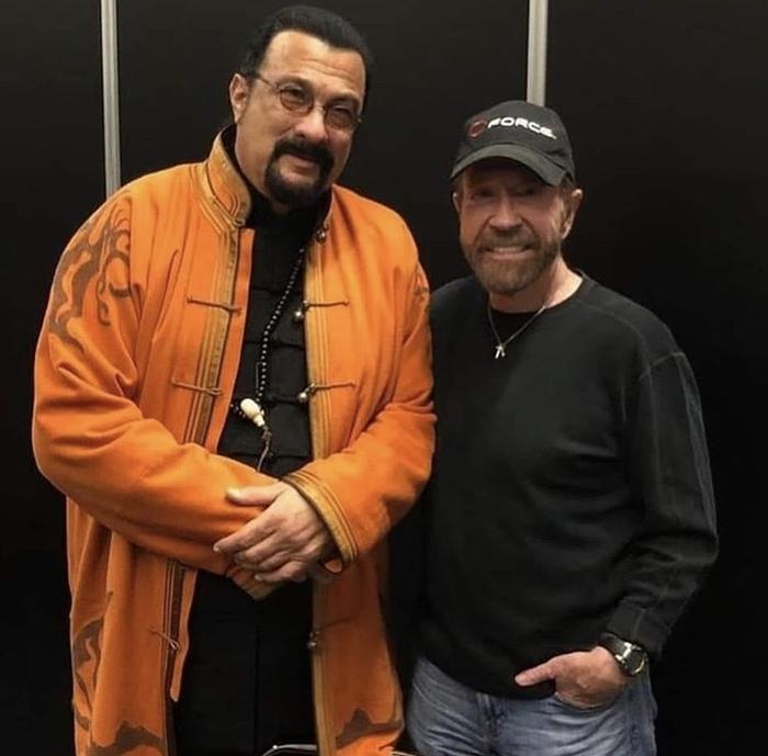 Два крутых парня на одном фото. Свежее фото 2018. Чак Норрис, Стивен Сигал, 2018, Старость