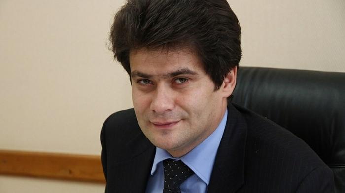 Мэр Екатеринбурга объяснил, для чего поднимает себе зарплату Власть, Мэр, Зарплата, Чиновники, Негатив