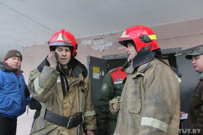 «Иди гуляй, сынок». Гомельчане просят наказать блогера за хамство в отношении пожарных Пожарный, МЧС, Пожарные, Гомель, Блогер, Негатив, Пожар, Видео пожара, Длиннопост