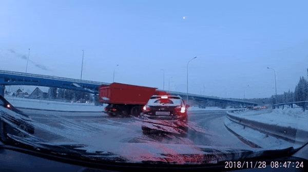 Мне только спросить #5 ДТП, Ханты-Мансийск, Внезапно, Мне только спросить, Гифка, Видео