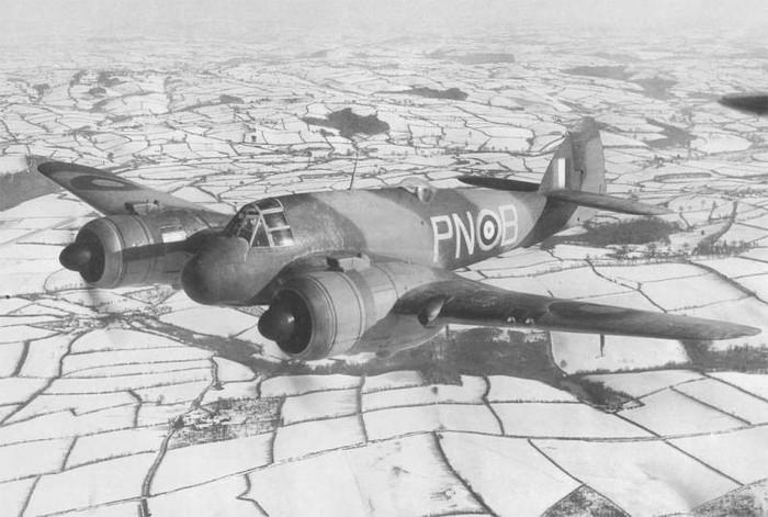 Bristol Beaufighter: первый истребитель с РЛС. Вторая мировая война, Великобритания, Авиация, Радиолокация, Интересное, Длиннопост