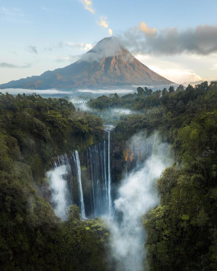 ВодопадTumpak Sewu