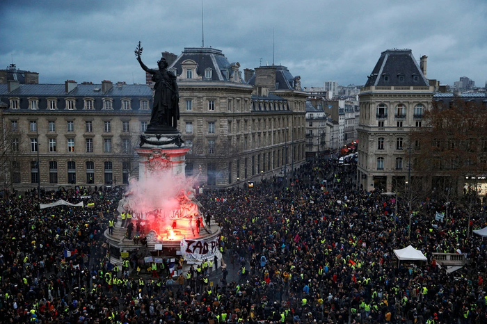 Во Франции убили шестого участника протестов «желтых жилетов» Новости, Франция, Желтые жилеты, Протест, Негатив