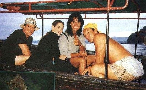 Линден Эшби,Бриджит Уилсон,Робин Шоу и Кэри-Хироюки Тагава на съёмках фильма Смертельная битва 1995 год