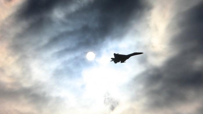 Опубликованы фото рухнувшего на Украине истребителя Су-27 Общество, Украина, Происшествие, Су-27, Крушение, Пятый Канал, Авиакатастрофа, Военная прокуратура, Видео, Длиннопост