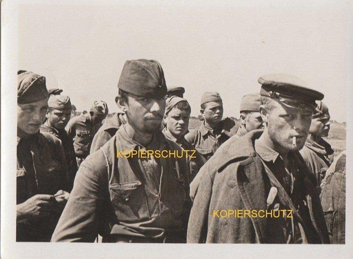 Немецкий плен. В него попадали по разному История, Великая Отечественная война, Предательство, Длиннопост