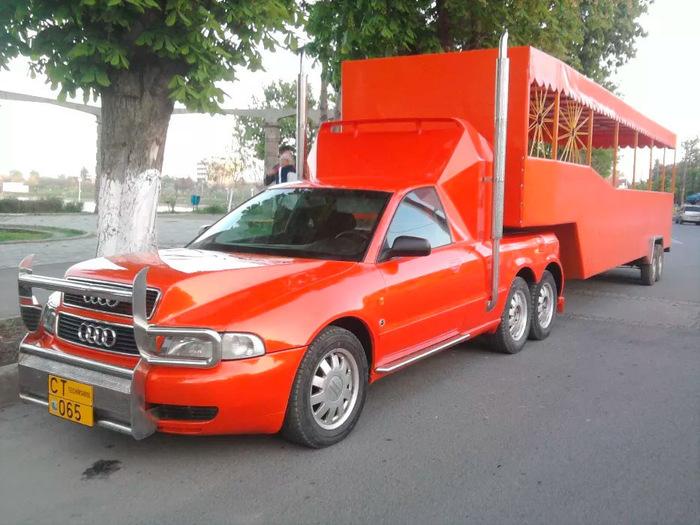 Тягач Audi: на продажу выставлен A4 с шестью колесами и седельно-сцепным устройством Audi А4, Тягач, Румыния, Длиннопост