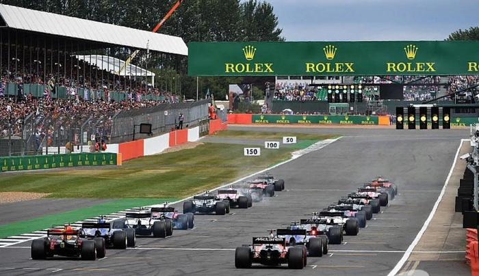 Болельщикам Ф1 предложили выбрать альтернативу штрафам на стартовой решетке Гонки, Авто, Автоспорт, Интересное, Новости, Штраф, Формула 1, Голосование