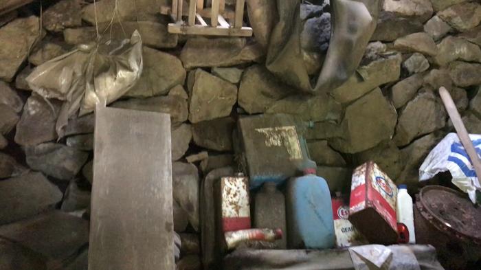 Заброшенный гараж.Классная находка.Старинный гараж. Заброшенное, Гараж, Авто, Машина, Ретро, Старыемашины, Находка, Фотография, Длиннопост
