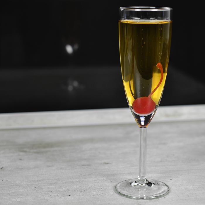 v-kakom-intim-magazine-prodaetsya-shampanskoe-mushka-v-kazani-porno-foto-ochen-krasivie-devushki-s-otlichnoy-popoy