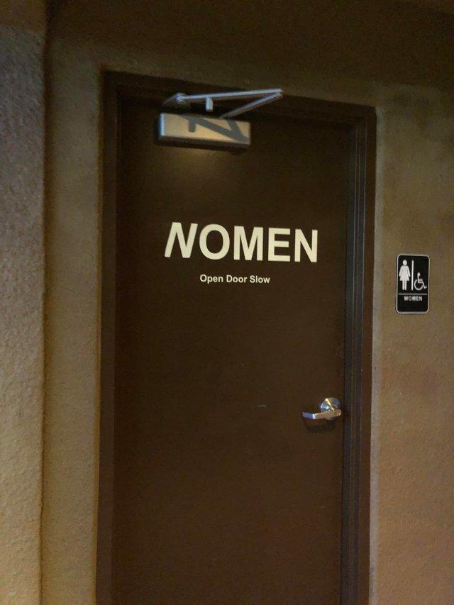 Женский туалет