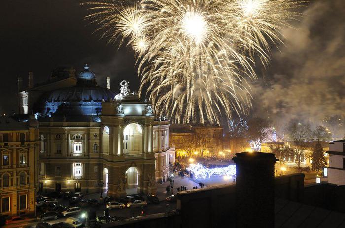 Одесса, оперный театр и Новый год.