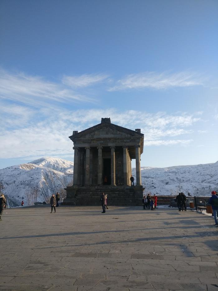 Армения Армения, Гегард, Гарни, Эчмиадзин, Озеро, Севан, Ереван, Длиннопост, Архитектура