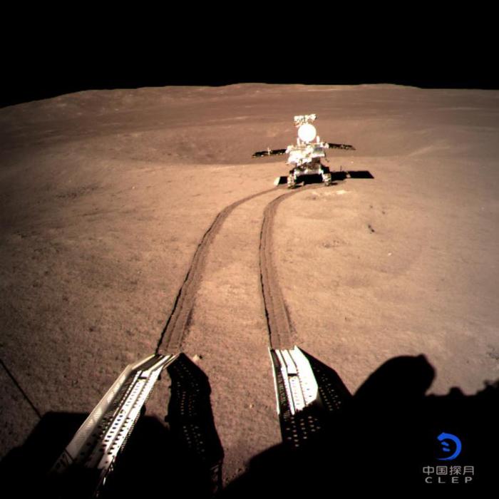 Китайский луноход не обнаружил на Луне следов высадки американцев Общество, Китай, Луна, США, Луноход, Длиннопост, Текст, Юмор