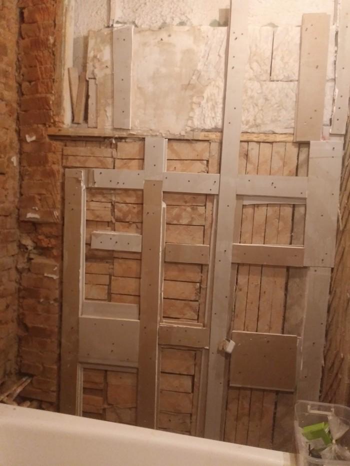 Гипсокартон в ванной на деревянных стенах Ремонт, Ванная, Дрова, Длиннопост